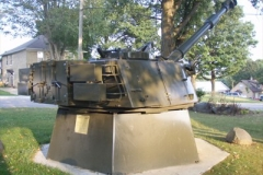 Picture of the tank turret of a 155 MM Howitzer